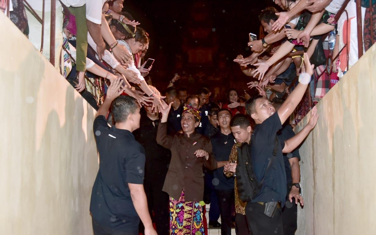 Presiden Jokowi di Hadapan Warga Bali: Sambut Pesta Demokrasi dengan Cara Beradab